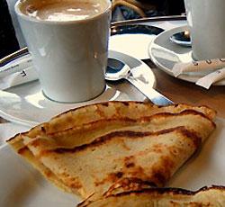 Petit déjeuner ! - Page 5 Crepes-cafe-2